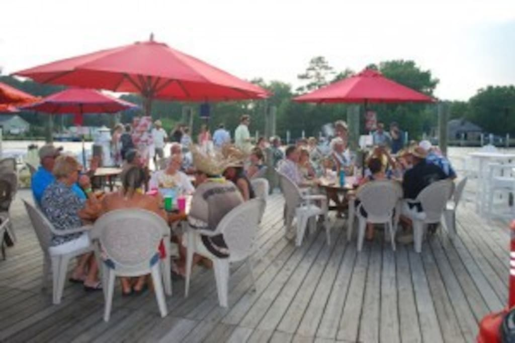 Coinjock Marina Waterfront Restaurant - Live music on Friday evenings in season!