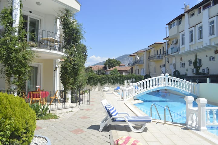 Oludeniz HoStel apartments with swimming pool.