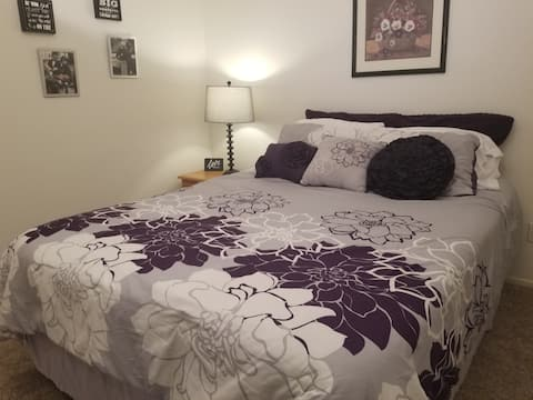 Lavender Room- Legacy House Scottsdale