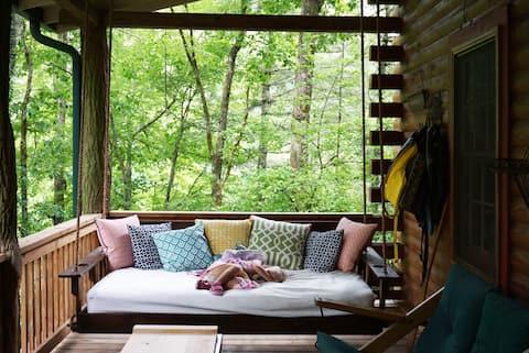 Authentic Log Cabin w/ Canoe + Dock