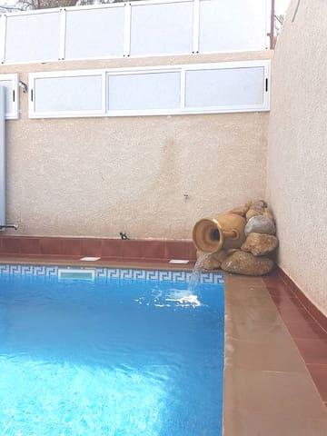 villa ROSA piscine SANS VIS A VIS Ghazaouet 13 dz