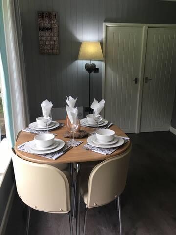 Luxury 2 bed chalet New Quay, Ceredigion