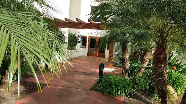 Getaway Villa-Condo at La Costa Resort & Chopra Ct