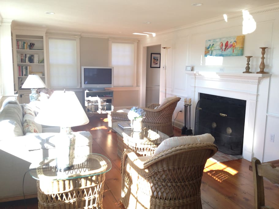 How To Renting A Rooms In Your House Massachusetts