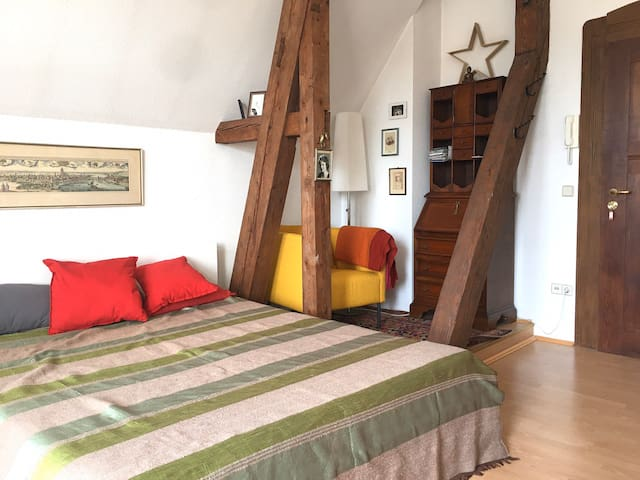 Gemütliches Appartement in Jugendstilvilla