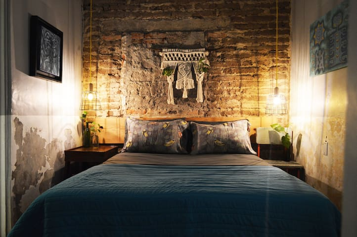 Enjoy a good night's rest in the queen size bed