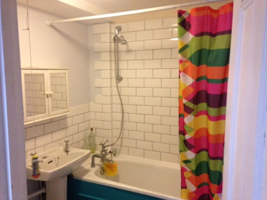 Recently refurbished bathroom with freestanding shower, very powerful!
