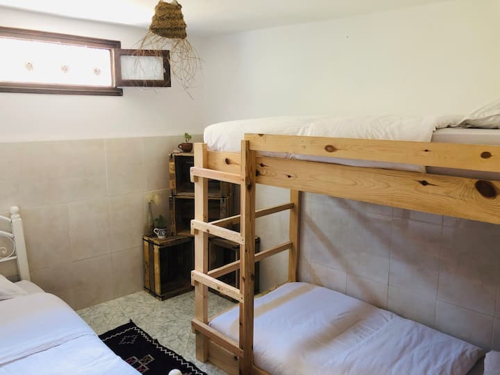 Dormitory with 3 beds in Taghazout,