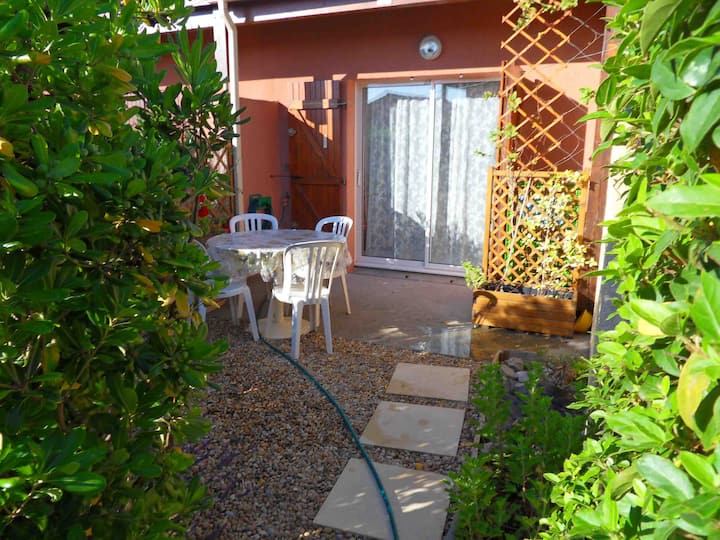 Air Conditioned House 2 people *** Narbonne Plage