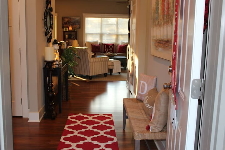 AWESOME AIRBNB IN ANKENY! - Ankeny