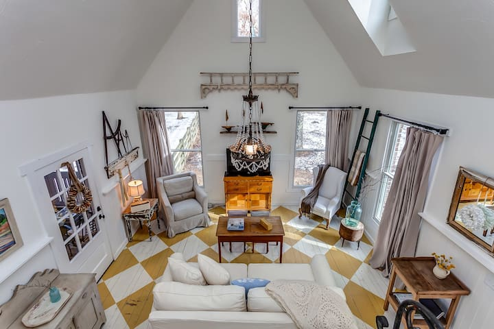 Storybook Cottage - Charming Leiper's Fork Cottage - フランクリン - 一軒家