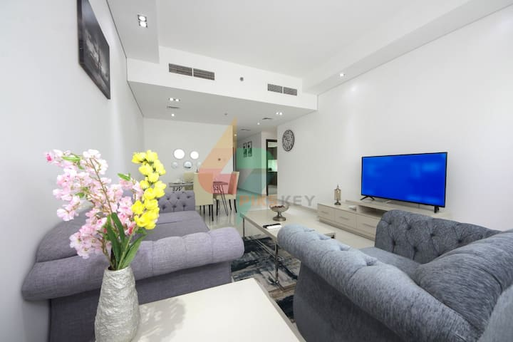 Sumptuous 1 BR Apt. in Topaz Tower, Silicon Oasis