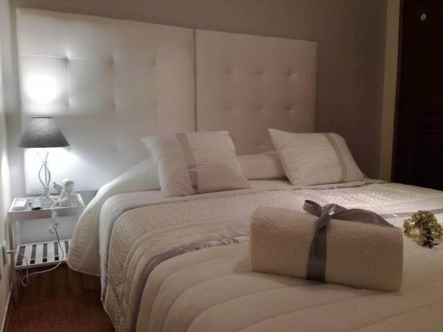 Sensations Guesthouse - 10 - Spiritual Room