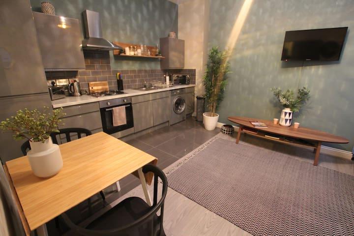 Lounge, open kitchen area