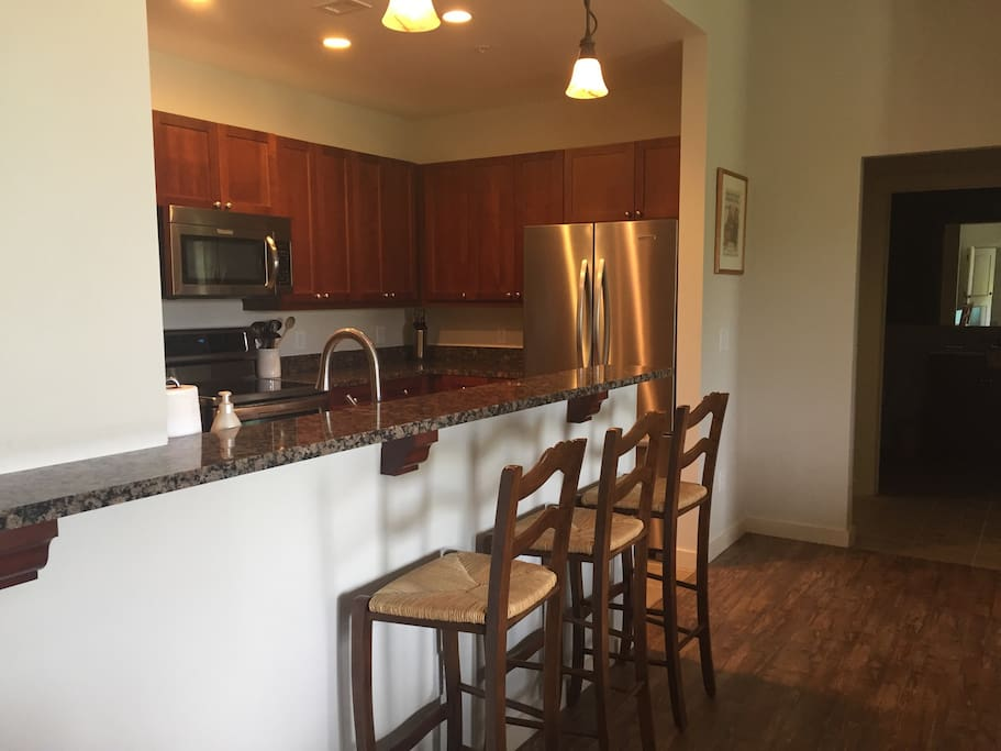 Beautiful 3rd Floor Penthouse Condominiums For Rent In