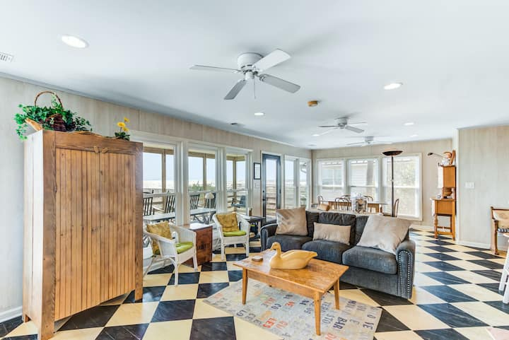 Special oceanfront home w/ stunning ocean views & private beach access!
