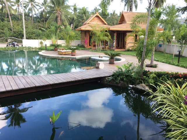 2 Bungalow Thai Style Ko Samui