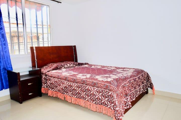 Habitación auxiliar #3 (Cama doble)