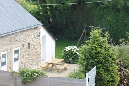 Maison T2 à la campagne - Plabennec - Dům