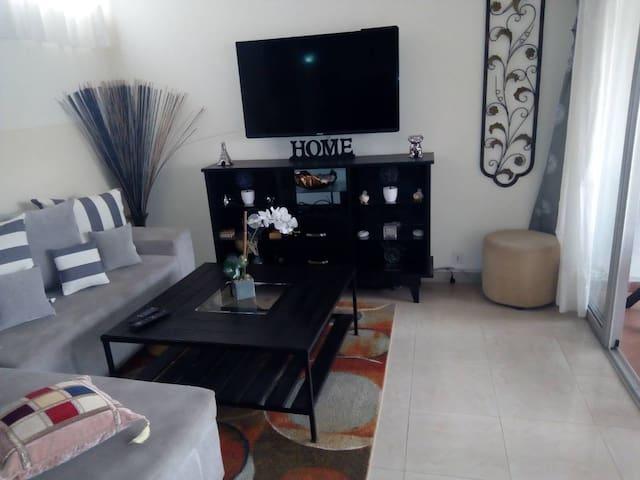 Chic appartement à la Riviera golf