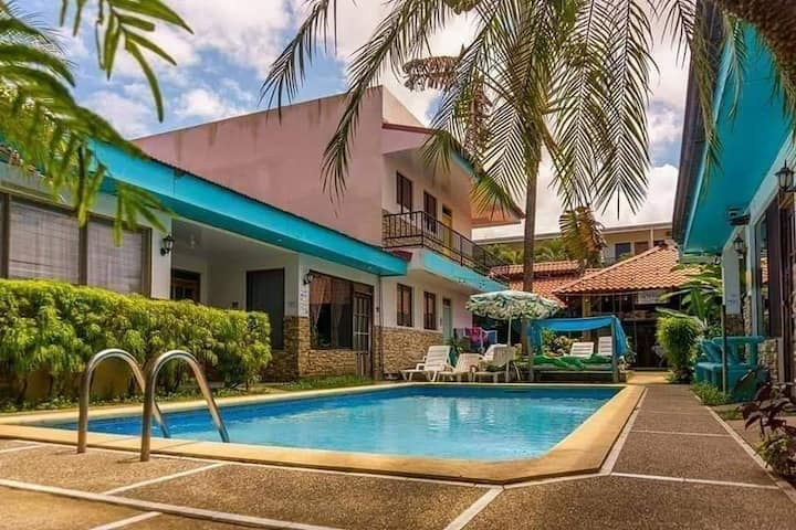 Izu's place, room by the pool, privet entrance#7