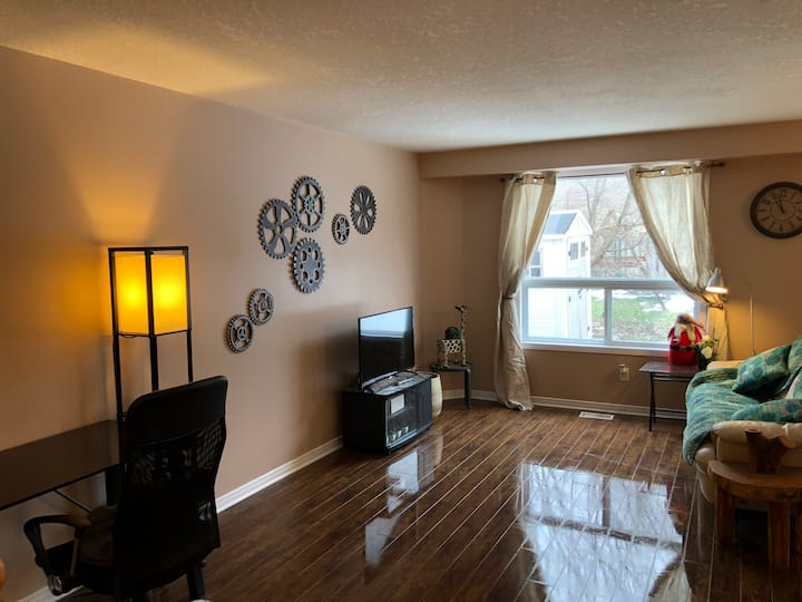 Clean and quiet house near Costco shopping mall
