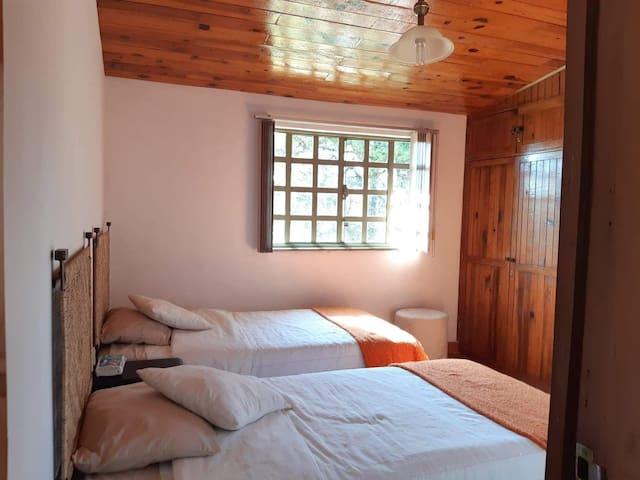 Recámara  No.2 con camas Individuales/ Bedroom  No.2 whit two individual  beds