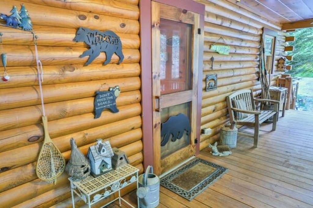 Cabin charm at its best at the front door.