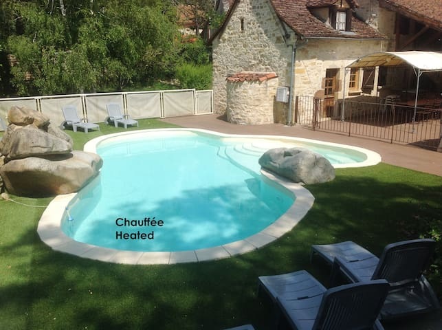Character-filled 3* house with pool - Lissac et Mouret - Casa