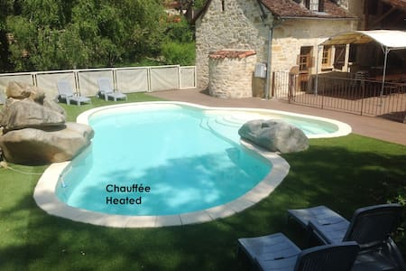 Character-filled 3* house with pool - Lissac et Mouret - Ev