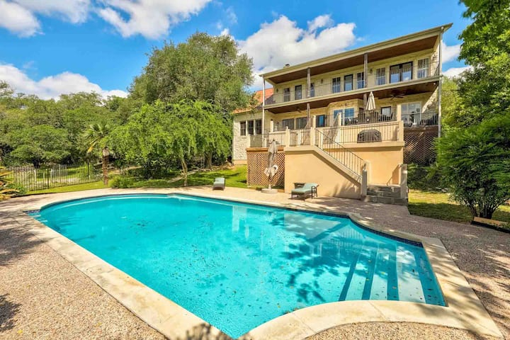 Stunning Waterfront Retreat on Lake Travis w/ Resort Style Pool | Professionally Cleaned + Hosted By GuestSpaces