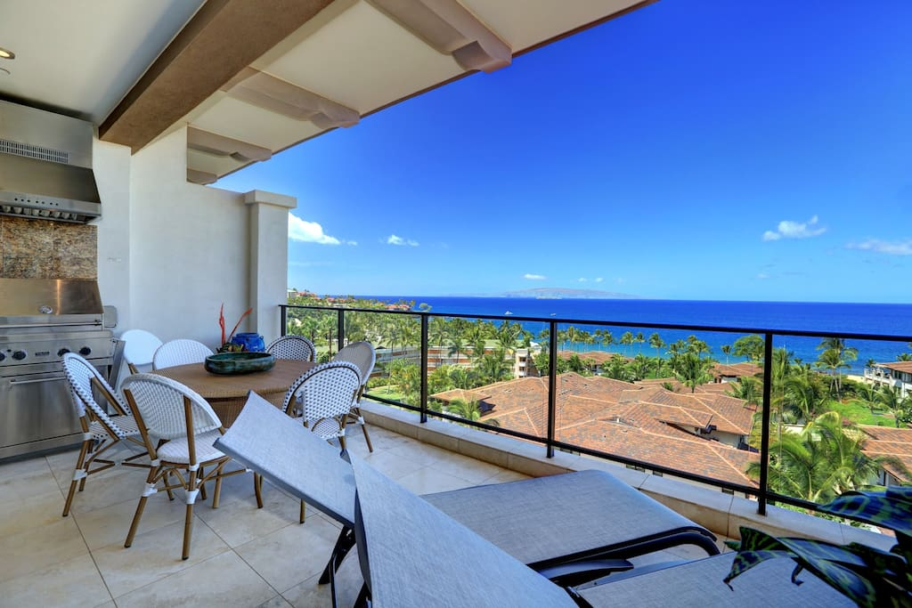 Wailea Beach Villa I503-Private Lanai with Dining Table and Grill