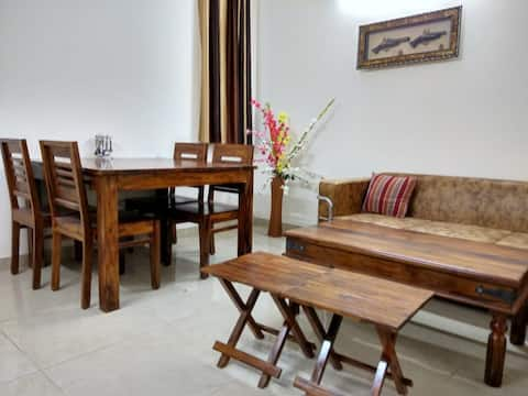 Furnished Apartment in South Delhi - The Raveesh