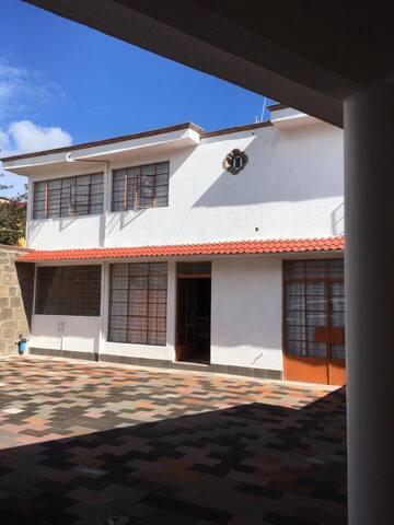 Hermosa y amplia casa estilo colonial. Tlalpujahua