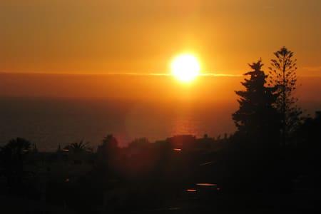 Unmissable views of sea  sun & sunset