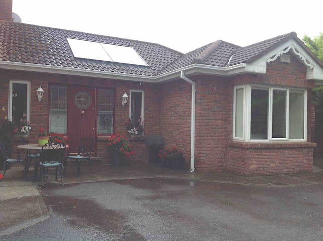 Arden Accommodation Ballydonnell Baltray Co.Louth
