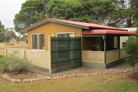 Pine Cottage - Cape Jervis