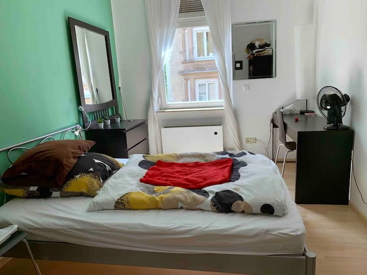 Cozy room in a charming part of Stuttgart downtown