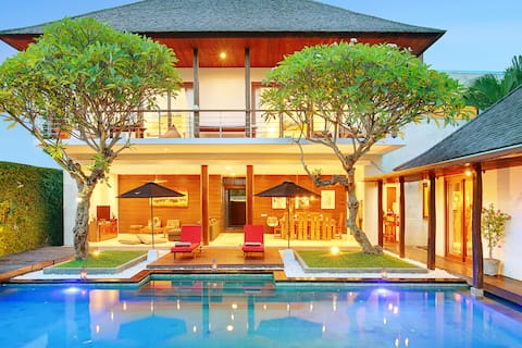 LUXURY WALK BEACH CANGGU FINNS CLUB SEMINYAK-PROMO