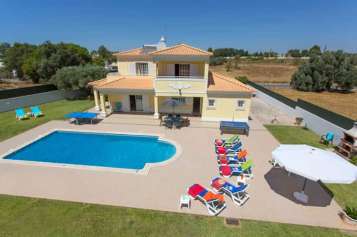 Solange : Spacious, Quiet location, Near Albufeira