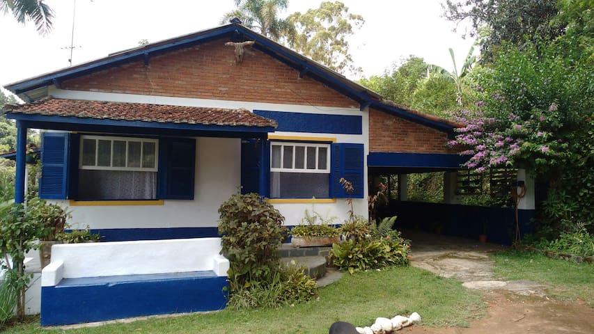 Casa de Campo Rústica Aconchegante - São Roque - กระท่อม