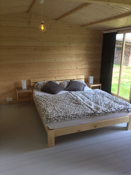 pretty chalet close to d sseldorf messe guesthouse for rent in meerbusch nordrhein. Black Bedroom Furniture Sets. Home Design Ideas
