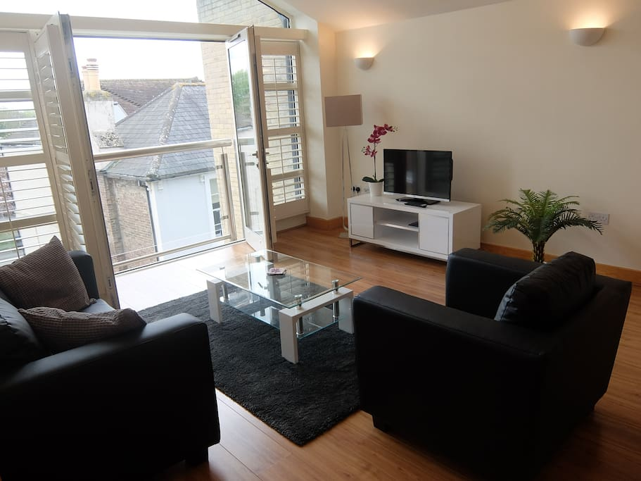 living area Hampton Court serviced apartments