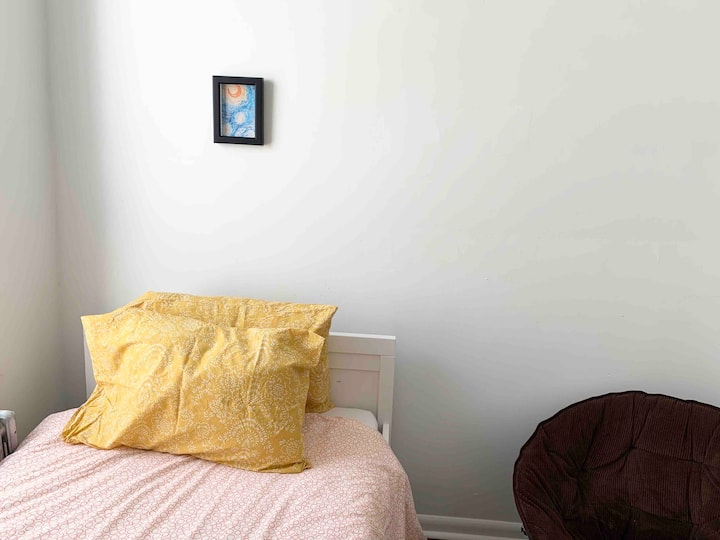 Cozy room, newly remodeled home, West Philadelphia