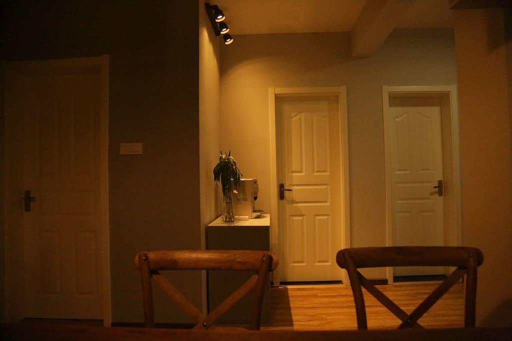 玄关 卧室 卫生间 厨房 走道