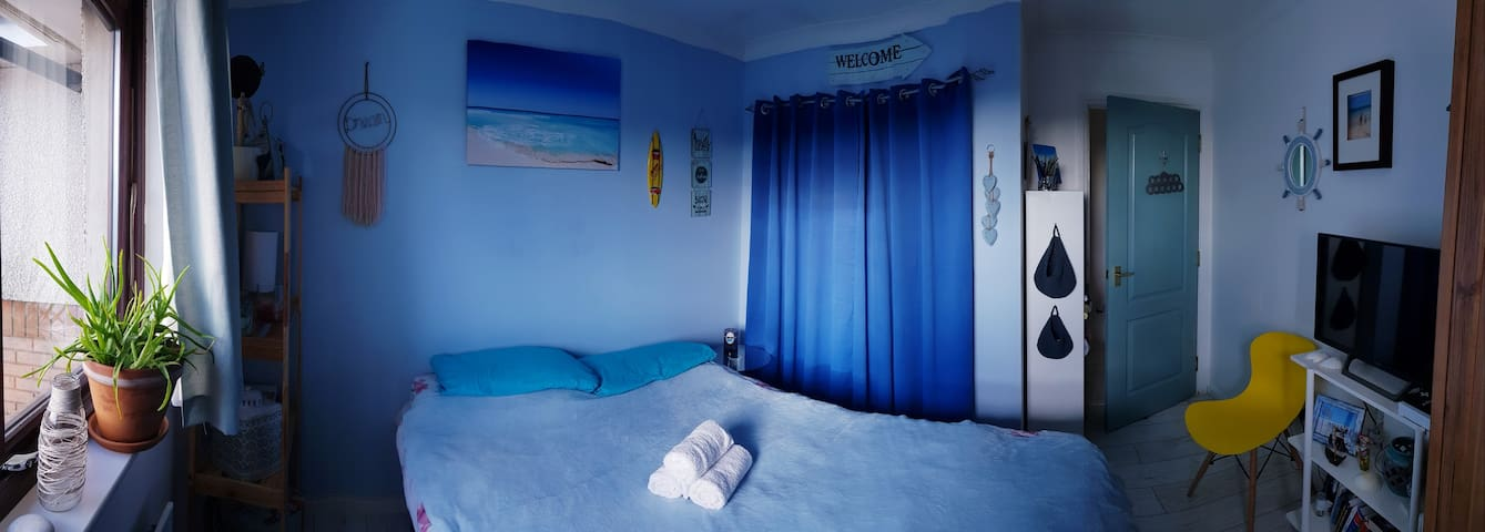 Blue Lagoon BB double bed for up to 2guests