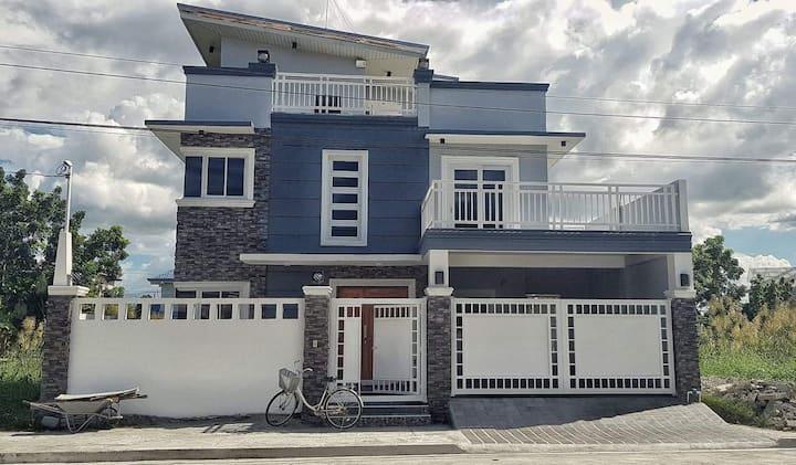 3 storey house