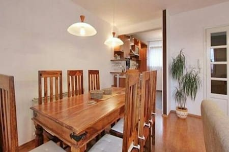 BEAUTIFUL APARTMENT IN THE CENTER 120m2
