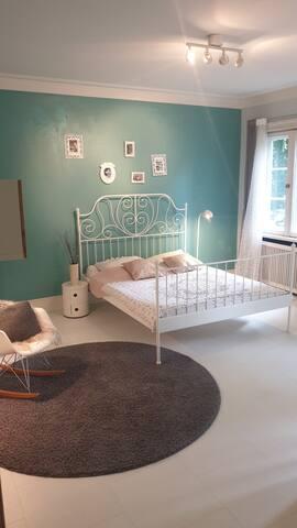 Zimmer in zentraler Villa (Alster/Messe/CCH)