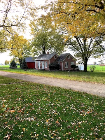 The Honeyville Cottage in Amish Country - Topeka - Guesthouse